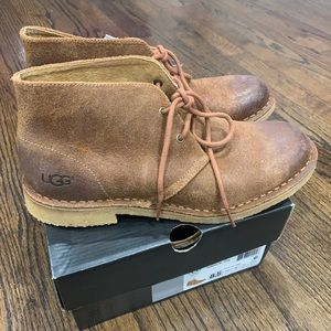 Ugg Men's Leighton Leather Lace Up boots size 8.5